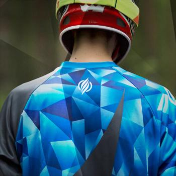 Apex jersey back detail