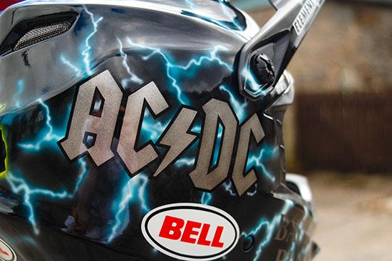 Wyn Masters' Bell Full-9 AC/DC