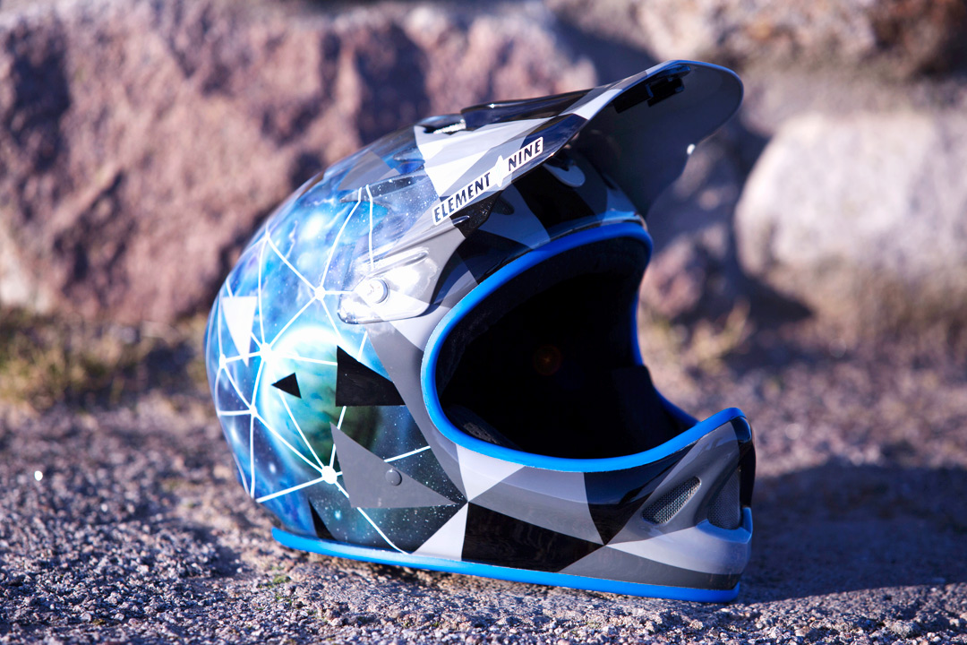alex macgill troy lee designs d2 custom paint